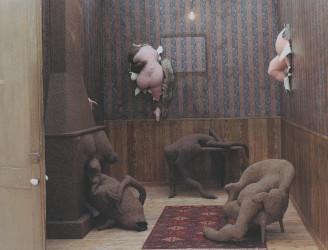 blog beelden boetseren Dorothea Tanning sculptuur uit de muur